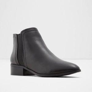 Aldo larecaja ankle booties black size 7